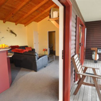 Cove Cottage beachfront accommodation indoor outdoor flow
