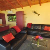 Cove Cottage lounge